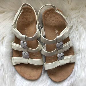 Vionic White Adjustable Sandals Size 6